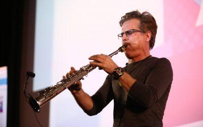 סקסופון ניגונים- out of the sax